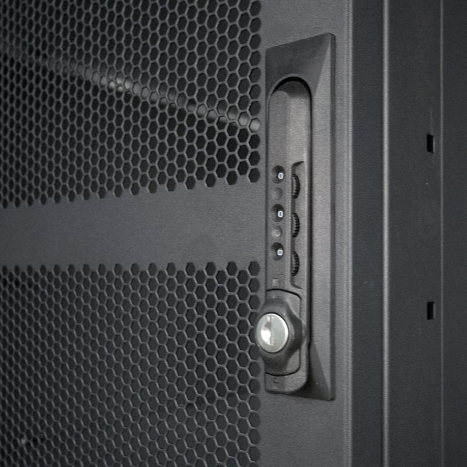 Colocation Rack Lock